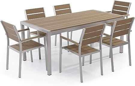 Immagini Tavoli Da Giardino.Set Di Tavolo E Sedie Da Giardino In Alluminio E Legno Sintetico Marrone Vernio Beliani Amazon It Casa E Cucina
