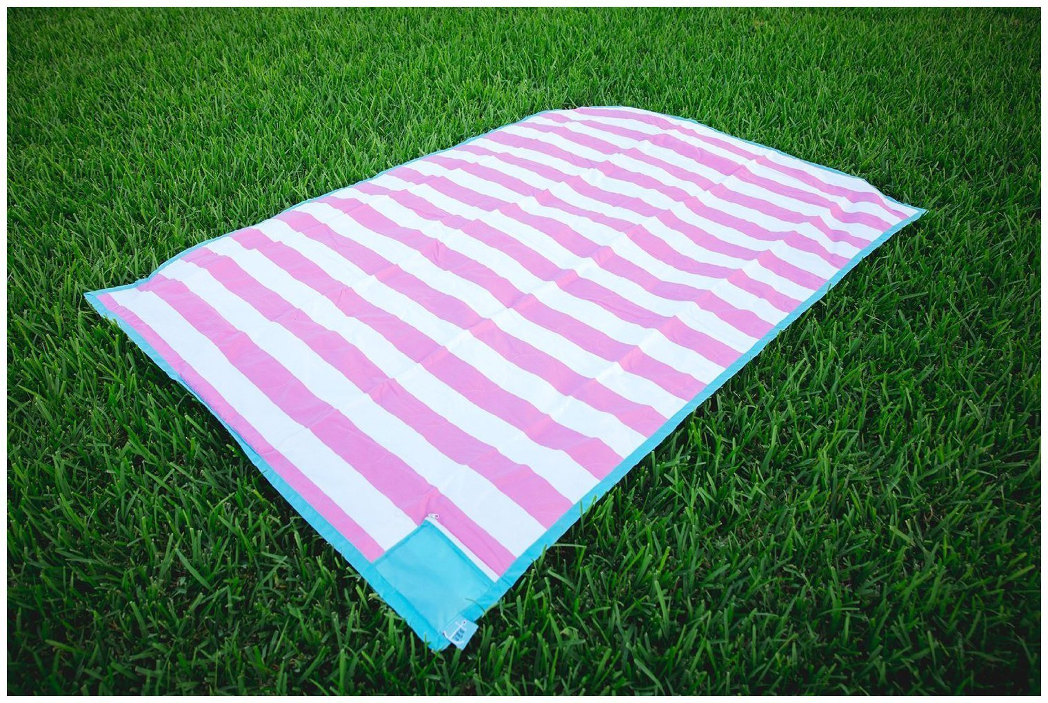 Palm Beach Crew Brilliant Blanket and Wet Bag Collection, Cabana Pink by Palm Beach Crew (Image #2)
