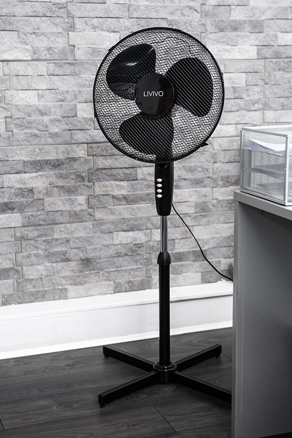 """Powerful Free Standing Oscillating and Tilting 45W Height Adjustable Rotating Stand Tower Fan Mesh Safety Grill LIVIVO Electric 16/"""" Pedestal Fan White"""