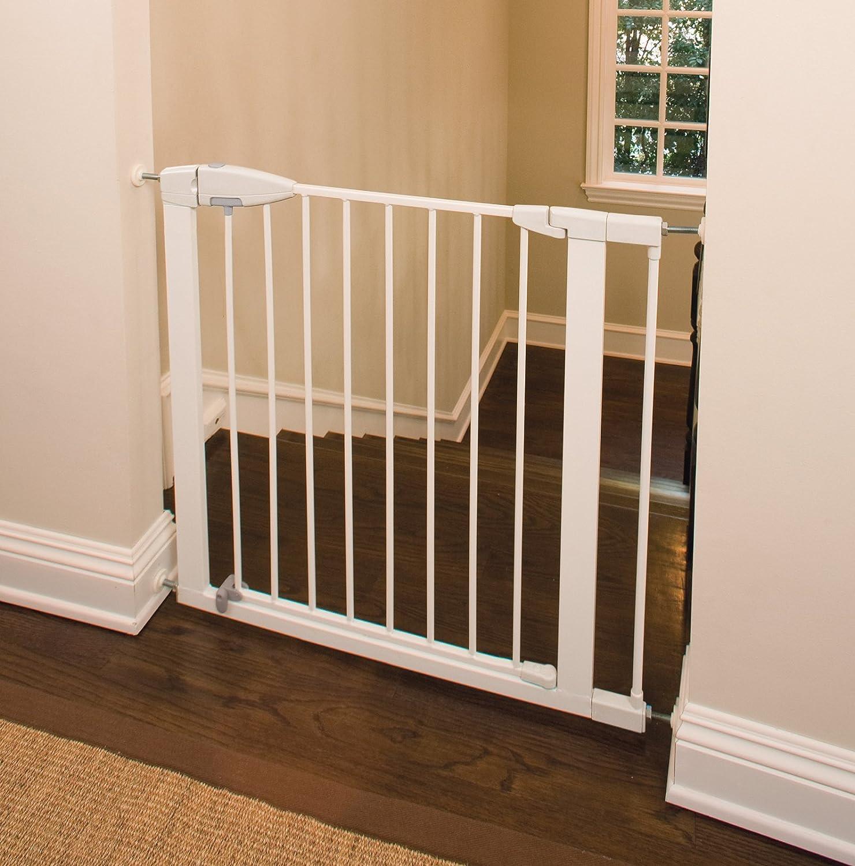 amazoncom munchkin easyclose metal gate white indoor safety gates baby