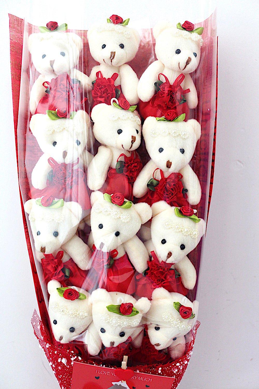 Amazon holiday christmas gift luxe cute teddy bear bouquet amazon holiday christmas gift luxe cute teddy bear bouquet bearylove 12 plush bears flower gift home kitchen izmirmasajfo