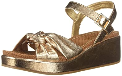 9cca8ff772e Circus by Sam Edelman Women s Stephanie Heeled Sandal Blush Gold Metallic  Crackle 10 ...