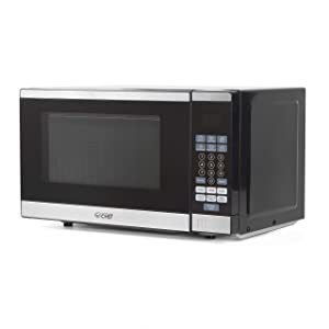 0.7 Cubic Foot Counter Top Microwave Oven, 700 Watt, Stainless Steel Front, Black Cabinet, Commercial Chef CHM770SS