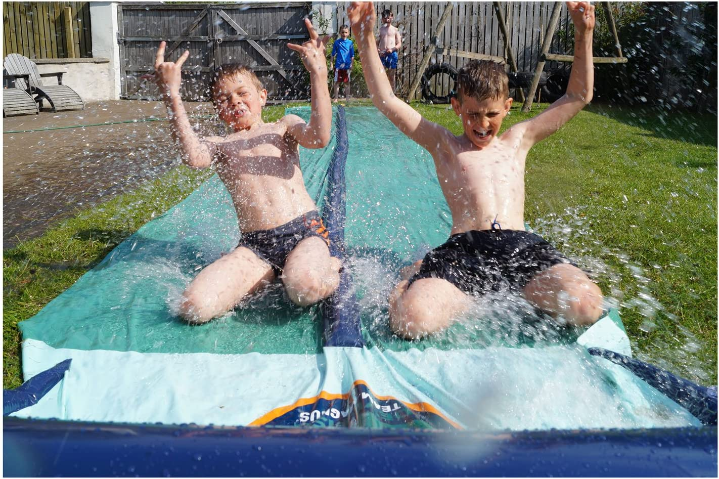 Garten Gadget: Wasserrutsche XXL