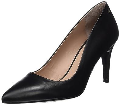 Womens Etive Closed Toe Heels, Black Martinelli