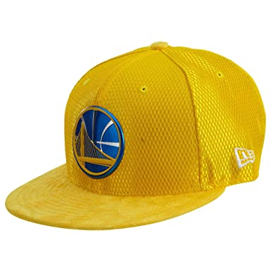 BONE 950 GOLDEN STATE WARRIORS NBA ABA RETA SNAPBACK AMARELO NEW ERA ... 0c9e4fd334a