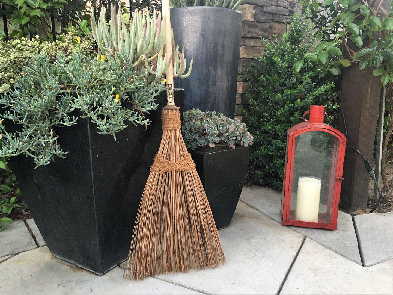 Outdoor Garden Broom//Rake Better Broom