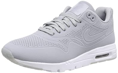 detailed look a3499 d26ce NIKE Air Max 1 Ultra Moire, Women s Low-Top Sneakers  Amazon.co.uk  Shoes    Bags