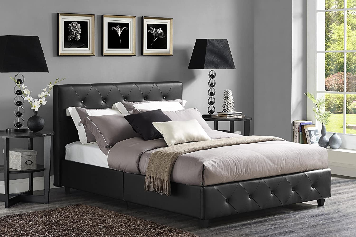 7 modern platform beds for minimalist bedrooms fine tailored for Mens black bedroom furniture