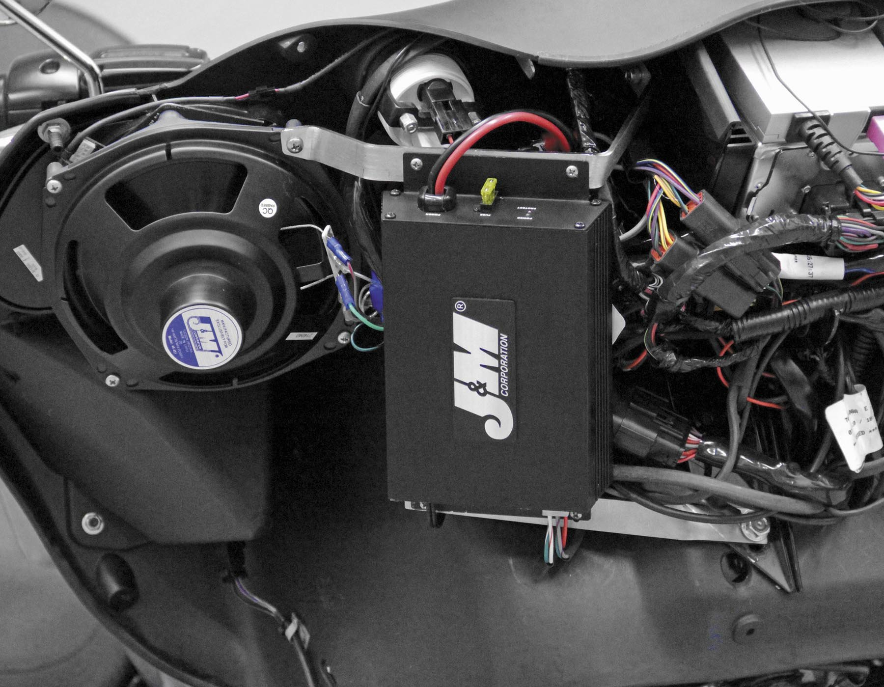 J&M 360W Performance Series Amp Kit JMAA-3600HC06-UL