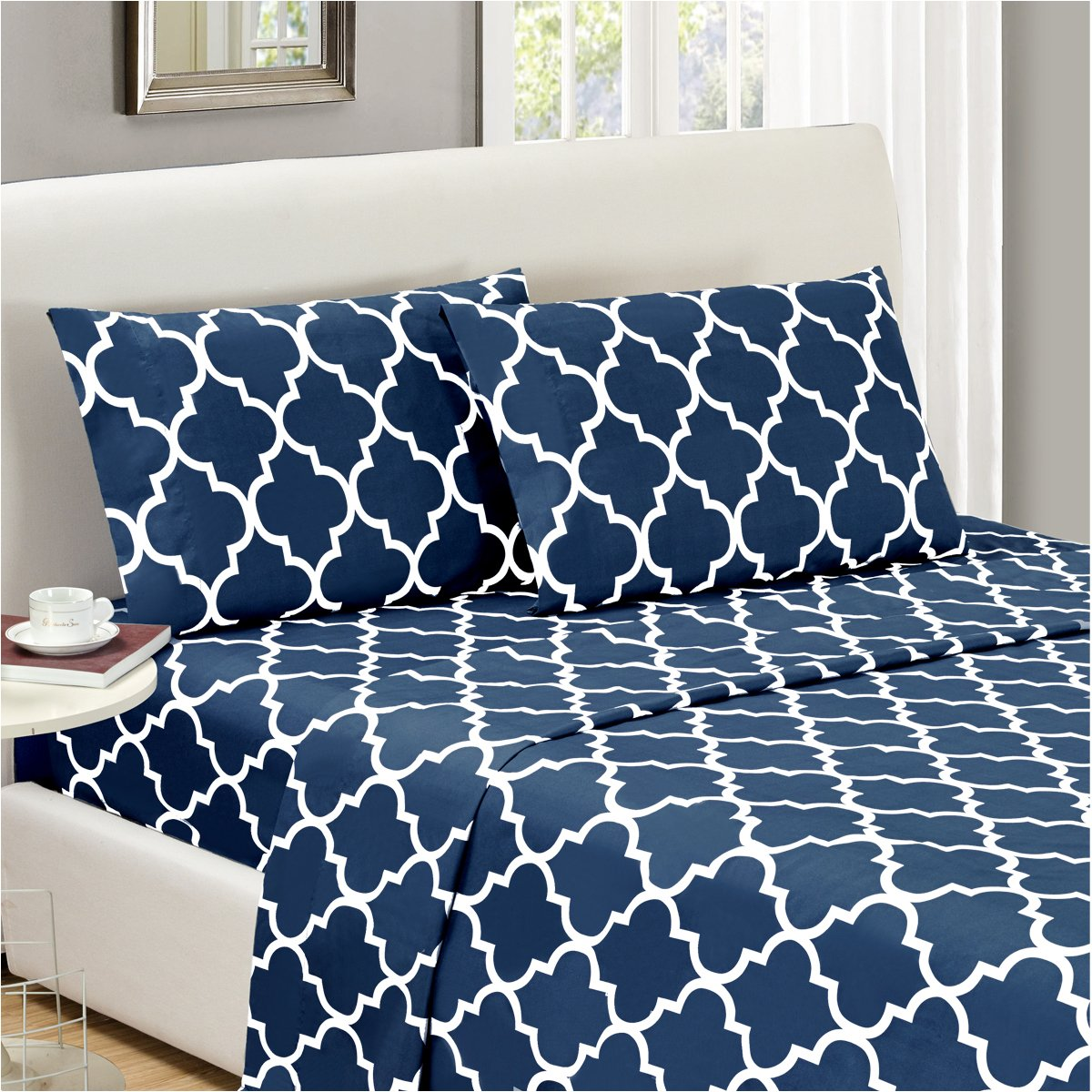 Mellanni Bed Sheet Set CalKing-Navy-Blue - HIGHEST QUALITY Brushed Microfiber Printed Bedding