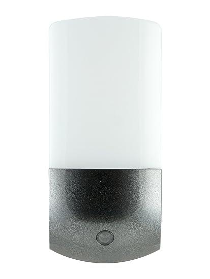 Energizer Automatic Led Night Light Plug In Light Sensing Dusk To