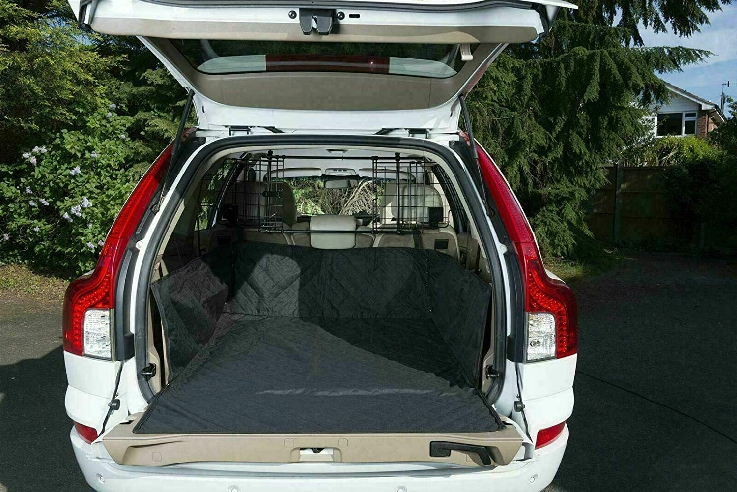 The Urban Company Quilted Boot Liner and Dog Guard to fit Hyundai Santa Fe 13-17