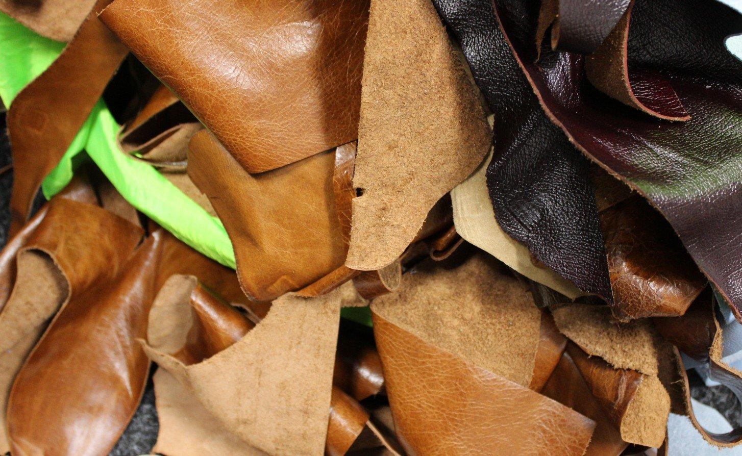 2kg Bag Of Mixed Quality Scrap Leather Arts & Crafts,Off Cuts,Remnants,Pieces Designer Sofas4u