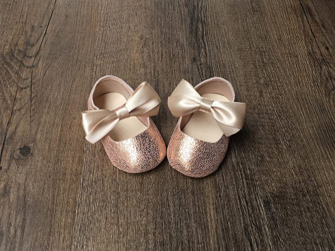 39027d9f2e7 Amazon.com  Rose Gold Baby Girl Mary Jane Shoes with Gold Bow NB-9M   Handmade