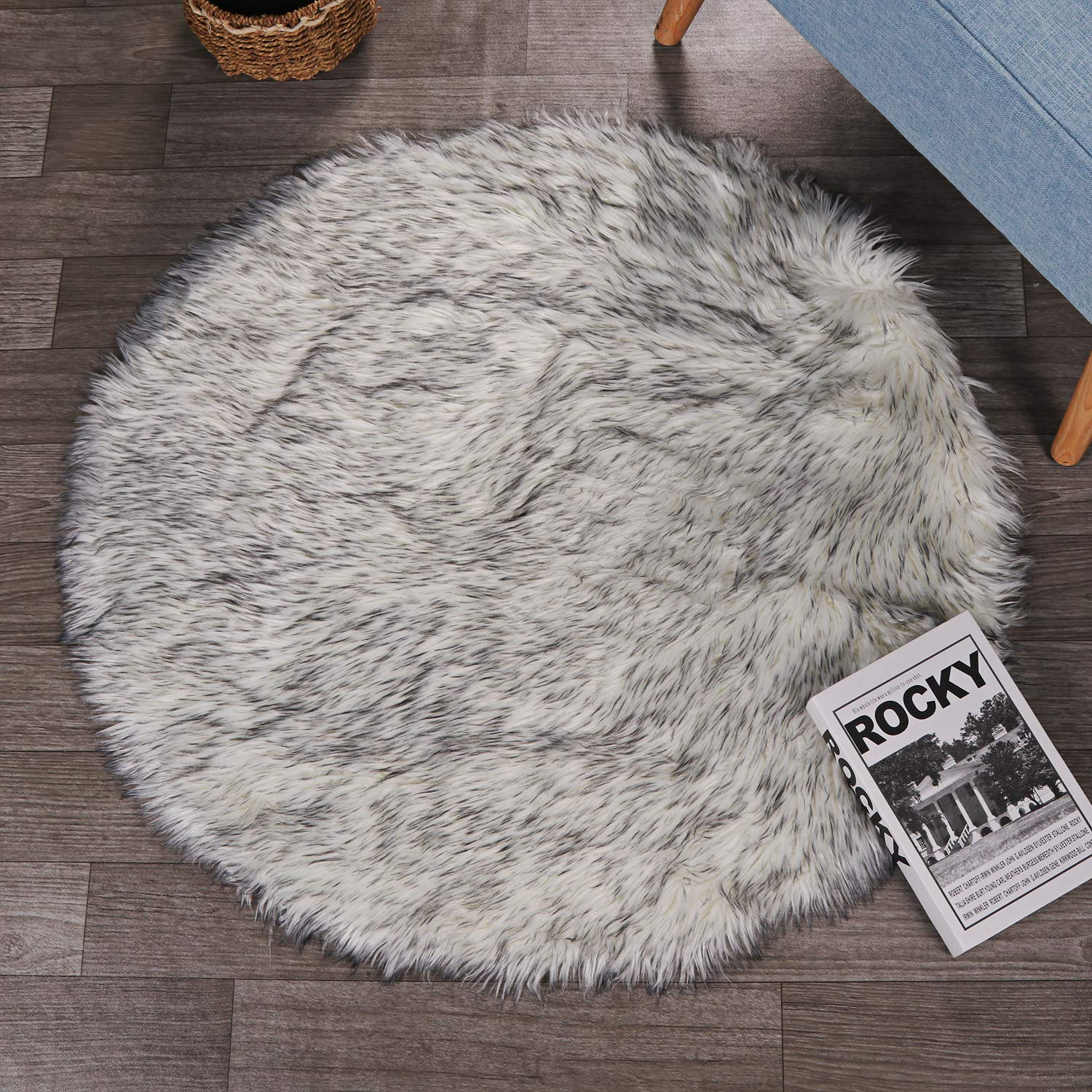 LEEVAN Super Soft Faux Fur Sheepskin Rug Shaggy Rug Round Area Rugs Floor Mat Home Decorator Carpets Kids Play Rug White and Black,4 Diameter