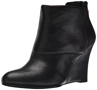 Nine West Women's Optimistic Leather Boot, Black, ...