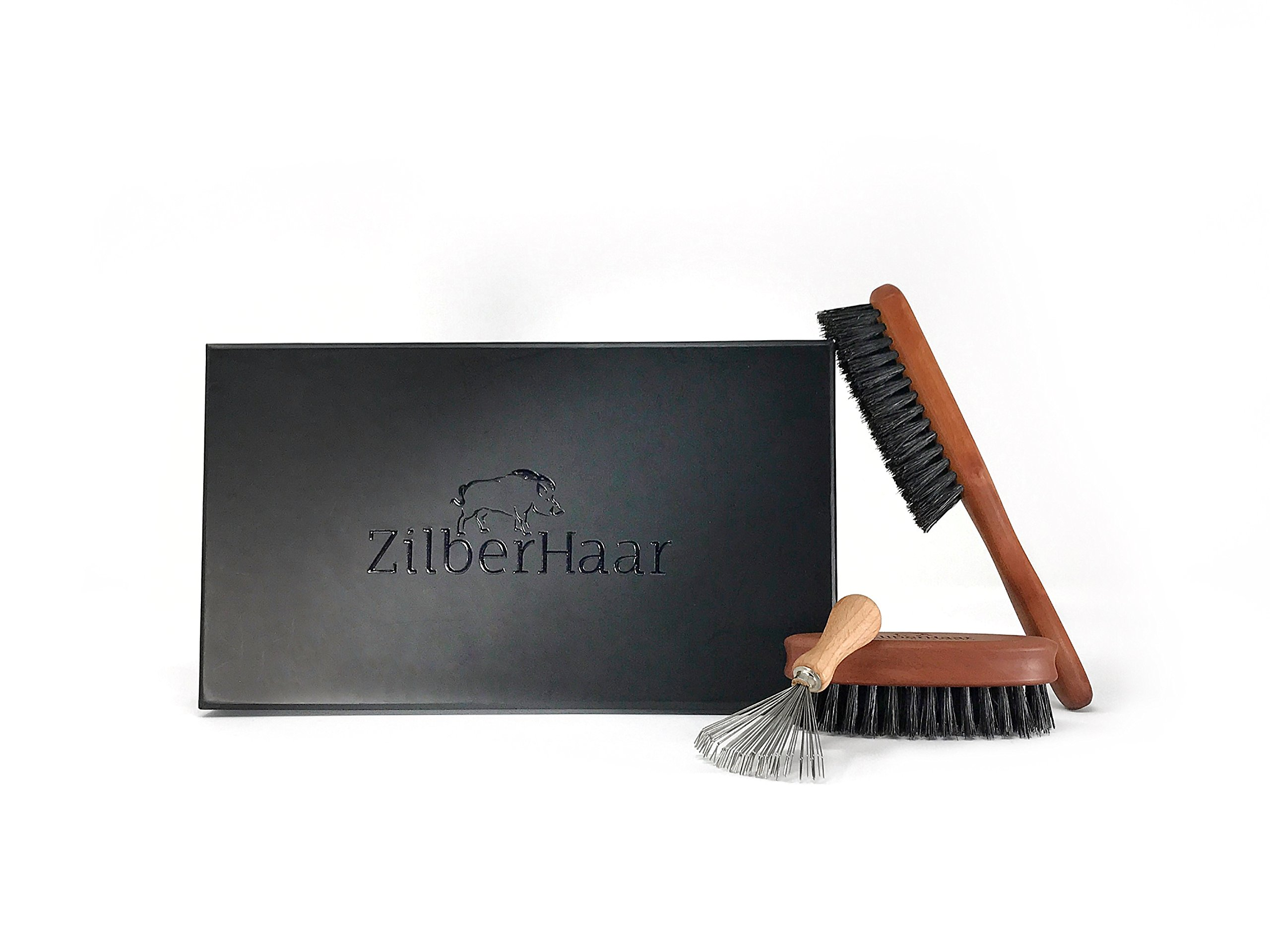 Zilberhaar Basic Beard Brush Kit (Stiff Version) - Ideal for Medium to Long, Thick Beards - Distributes Balm & Oil for Growth and Styling - Perfect Gift Set - Comes with Brush Cleaning Tool