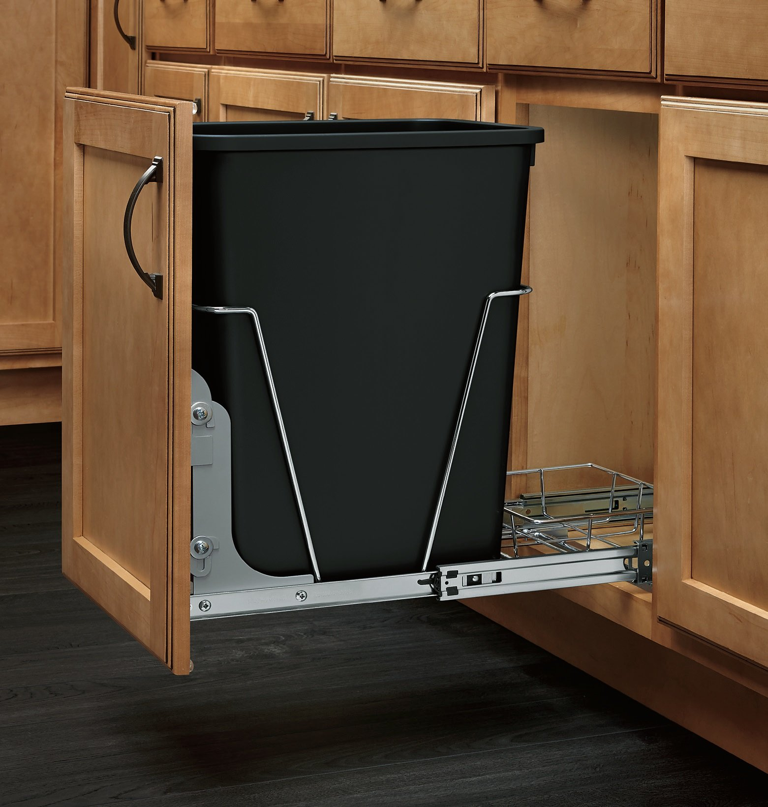 RV SERIES Pullout Waste Containers (Individual Pack) Single 35 qt. with Rear Basket