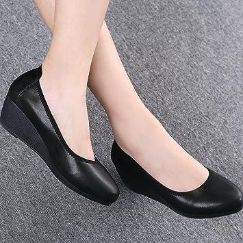 Negra Gruesa Gaolim Número Con De Zapatos Gran Mujer Bajas Un Y ff0qYwa