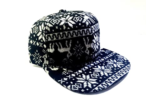 Amazon.com   New Black   White Native Christmas Print Snapback Hat ... 15d9f152af6