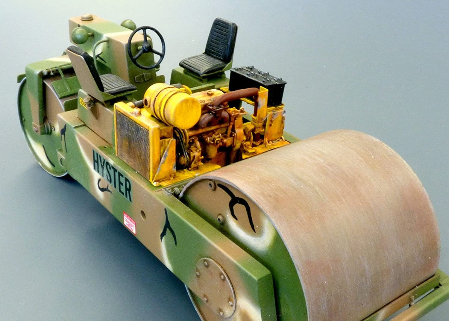 Plus model 467 U.S.Road roller in 1:35