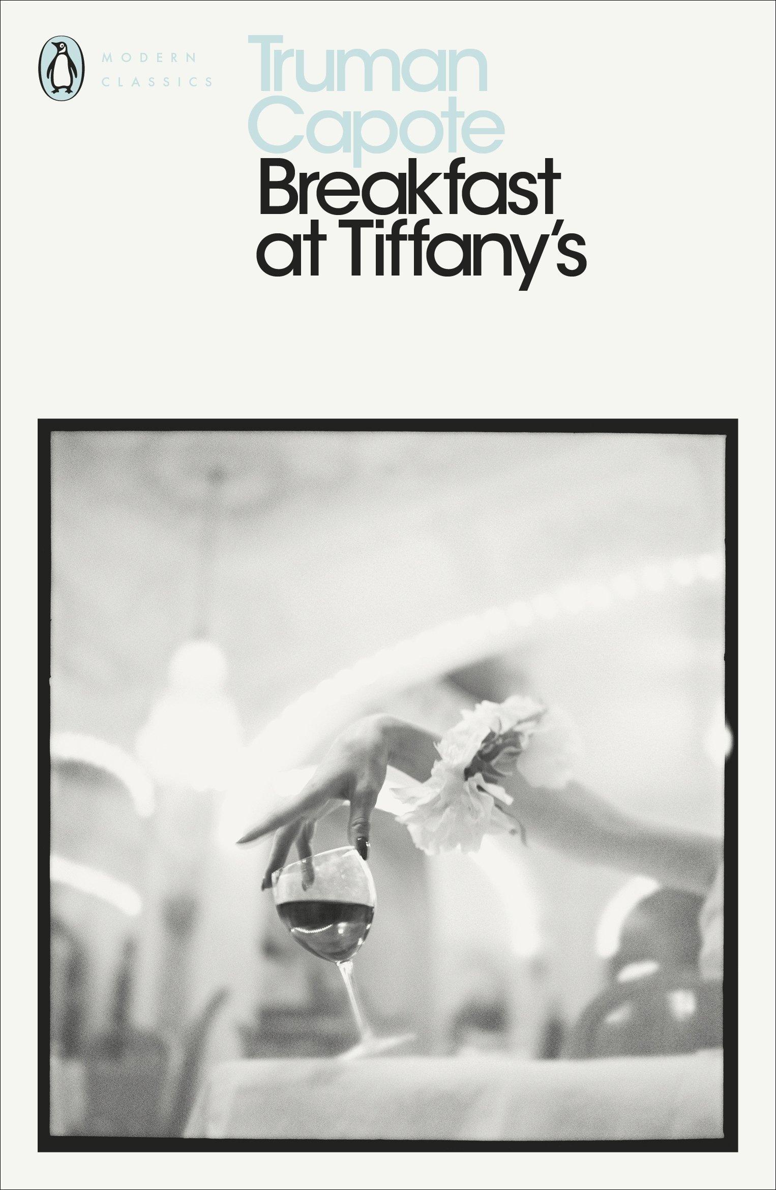 Buy Breakfast at Tiffany\'s (Penguin Modern Classics) Book Online at ...