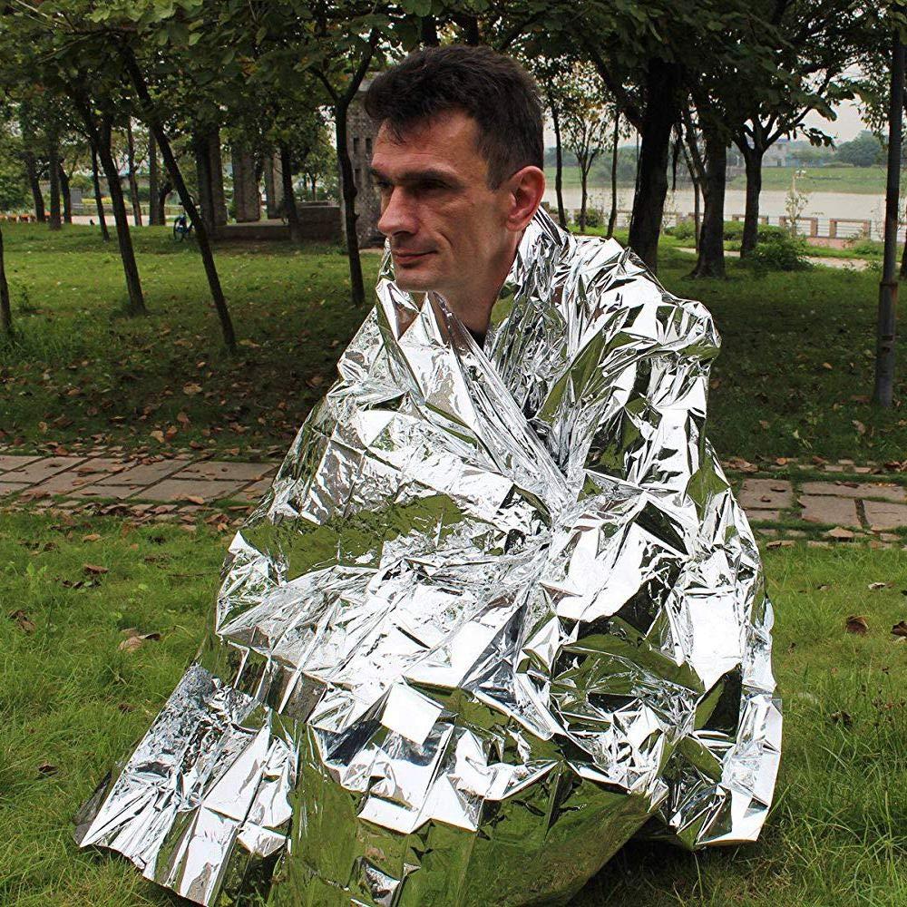 Nrpfell La Couverture de Survie Emergency la Trousse de Premiers Secours Silver 5 Pieces adaptee a la Randonnee la Housse Impermeable Mylar Conserve la Chaleur corporelle