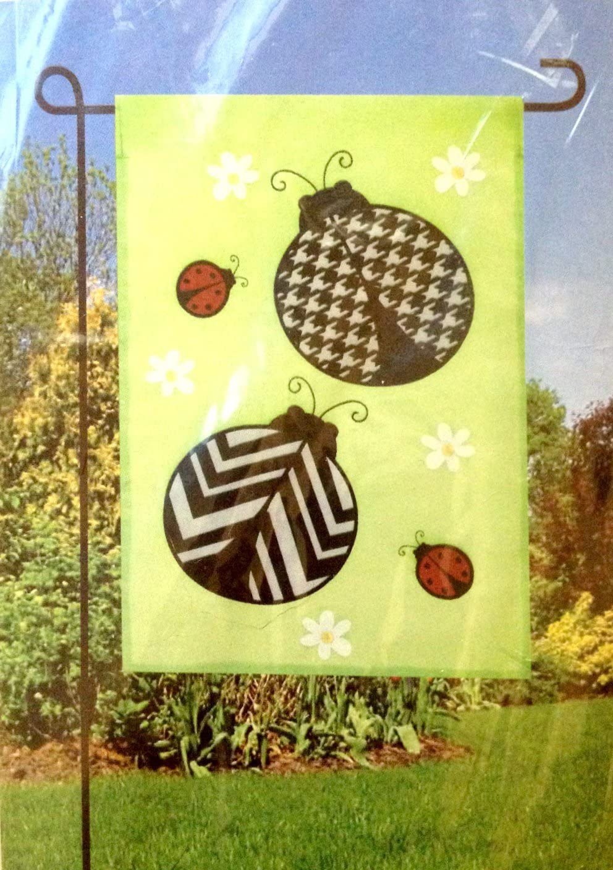 Amazon Com Meadow Creek Garden Art Flag 12 5 X 18 Ladybug Garden Outdoor