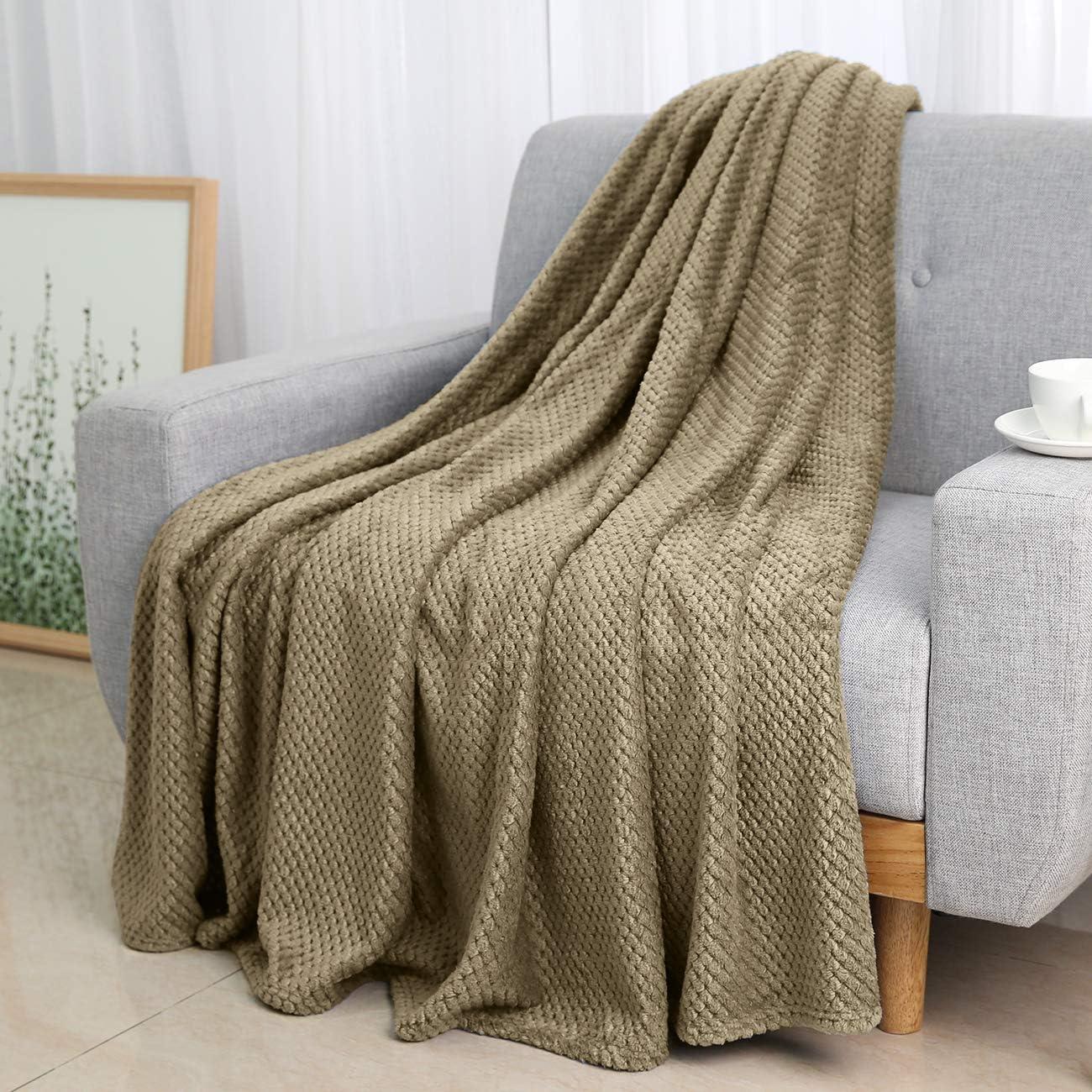 Ultra Soft Cozy Flannel Fleece Microfibre Travel Throw Bed Sofa Throw Blanket