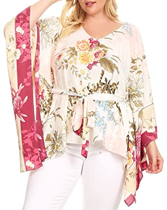 0090a01f7f1 eVogues Plus Size V-Neck Kimono Inspired Top White Floral Print at Amazon  Women s Clothing store