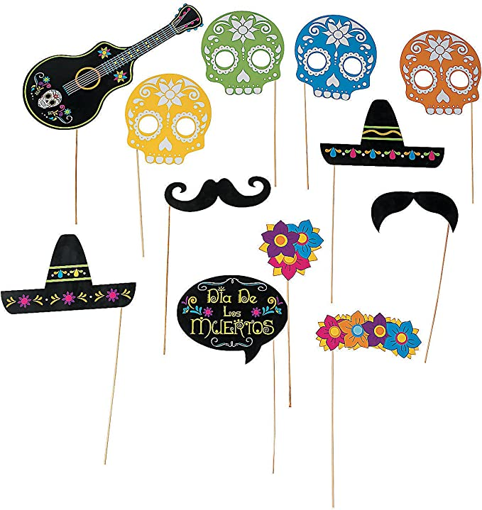 Day of the Dead Crafts and Activities for Kids featured by top Seattle lifestyle blogger, Marcie in Mommyland: https://images-na.ssl-images-amazon.com/images/I/81HBxniQ54L._AC_UX679_.jpg