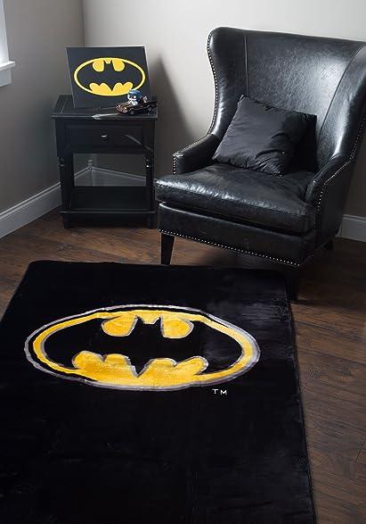 JP Imports Batman U0026quot;Emblemu0026quot; 4u0027 X 6u0027 Area Rug