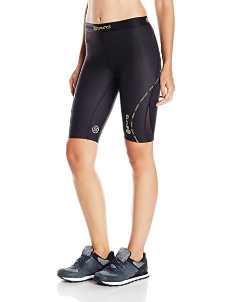 the latest 05686 0d62d SKINS Womens Skins DNAmic Women s Compression 1 2 Tights Shorts, black, X