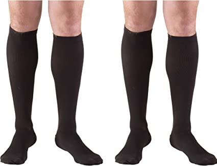 Amazon Com Truform 1943 Compression Socks 15 20 Mmhg Men S Dress Socks Knee High Over Calf Length Black Small 15 20 Mmhg Pack Of 2 Health Personal Care