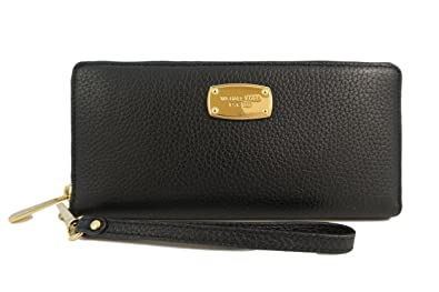 4d3ee7d97977d Michael Kors Black Leather Jet Set Travel Continental Zip Around Wallet  Wristlet with Golden Hardware
