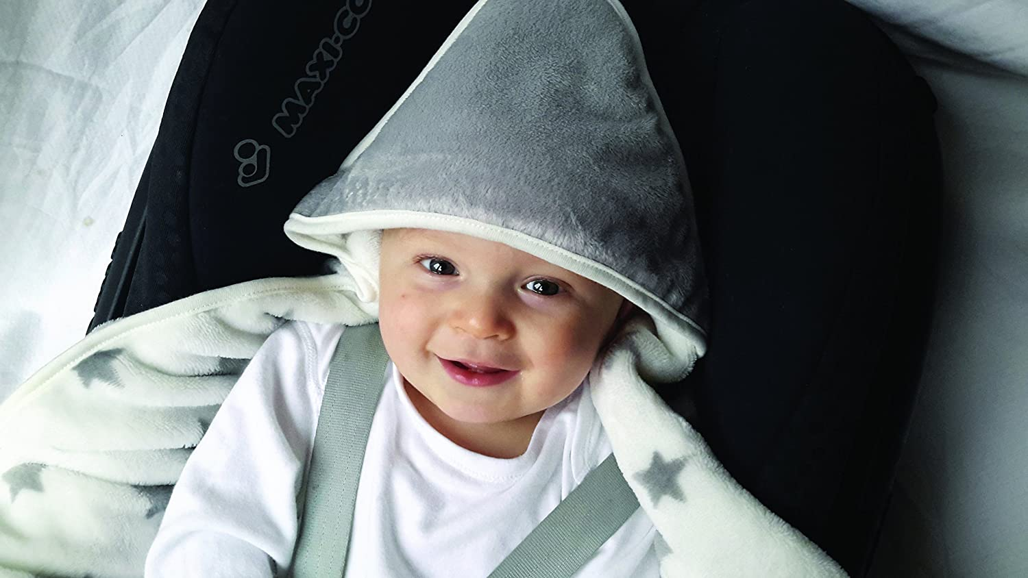 Baby Bundle Snuggleblanki Fleecey Hooded Baby Safety Travel Blanket Compatible with 3 and 5 point Harness - Silver Star Snuggleblanki- Silver