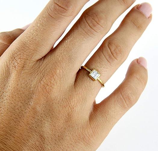 6f0f64a479e9 Anillo de oro con piedras estilo princesa Cut - Anillo cuadrado - Anillo de  solitario -