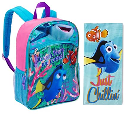c1c167e7ea4 Amazon.com  Disney s Finding Dory 2 Piece Kids Backpack Set - Large Backpack  and Beach Towel  Toys   Games