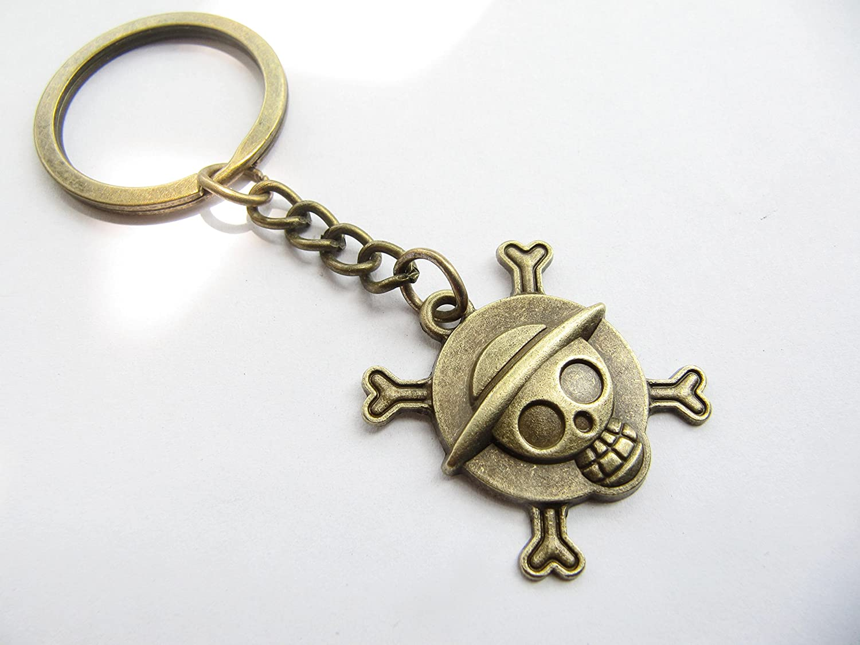 Antique Bronze Skull Keychain Jewelry One Piece Keychain Pirate King Luffy Keychain