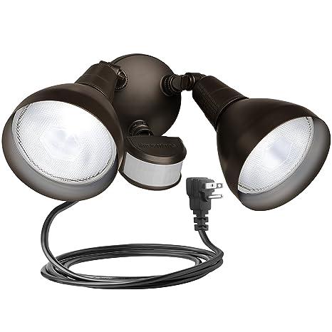 Brinks 7166BZ-1 LGT Flood 240 Motion Sensor Bronze with Cord Light on