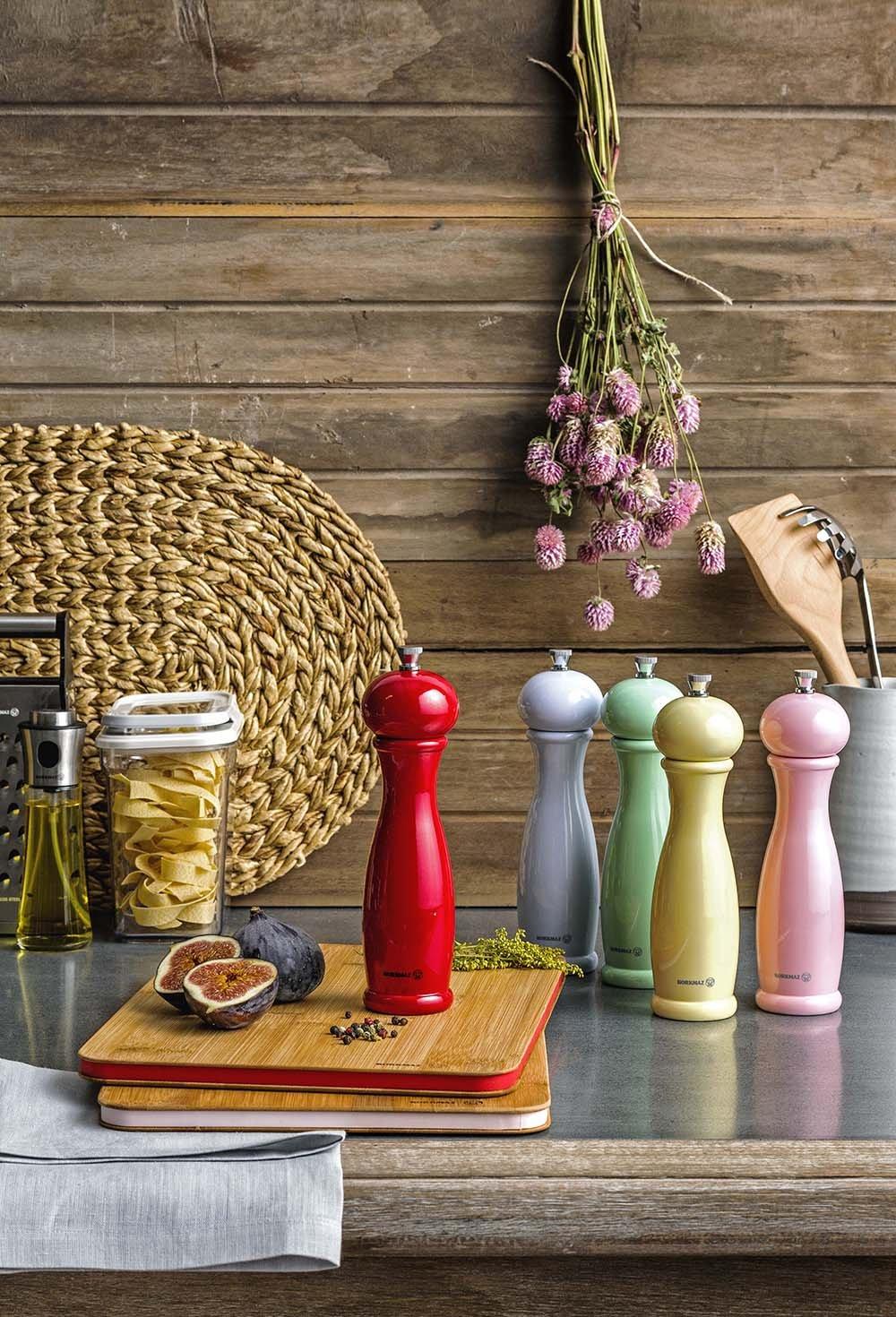 Amazon.com: Korkmaz High-End Salt&Pepper Grinder Set with Stainless Steel Bottom and Ceramic Grinder (Pink): Kitchen & Dining