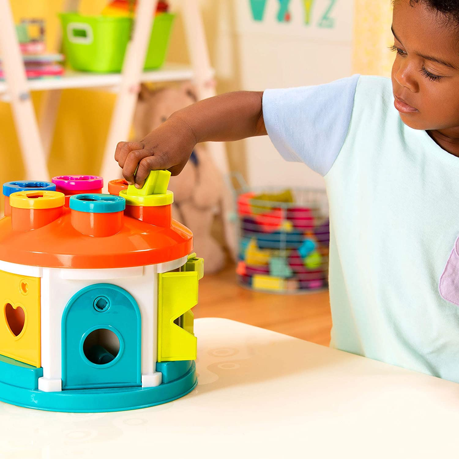 14-Pcs Color and Shape Sorting Toy with 6 Keys and 12 Shapes for Toddlers 2 years + Shape Sorter House Battat