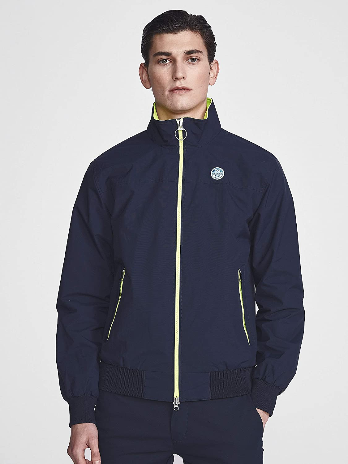 NORTH SAILS Sailor Mens Jacket in Recycled Nylon and Breathable Mesh Lining with Seasonal Neon Detailing