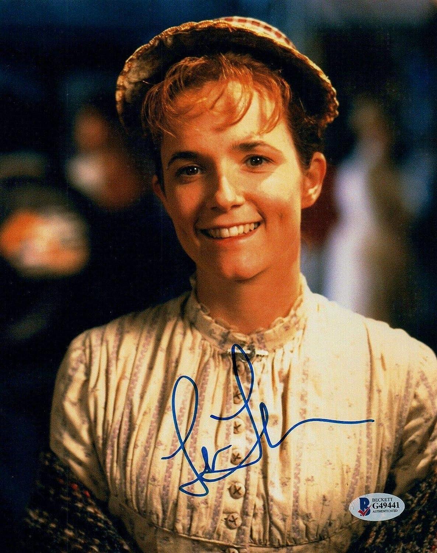 Lea Thompson Signed Autographed Back to the Future Glossy 8x10 Photo COA Matching Holograms