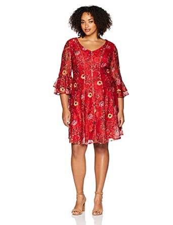 Gabby Skye Women\'s Plus Size Red Printed Allover Lace Dress