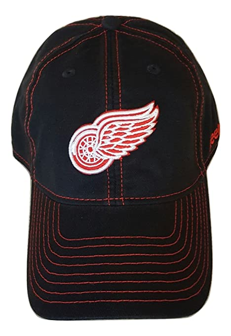 a3256d8a6 Amazon.com : NHL Detroit Red Wings Hat Adjustable Slouch Cap by ...