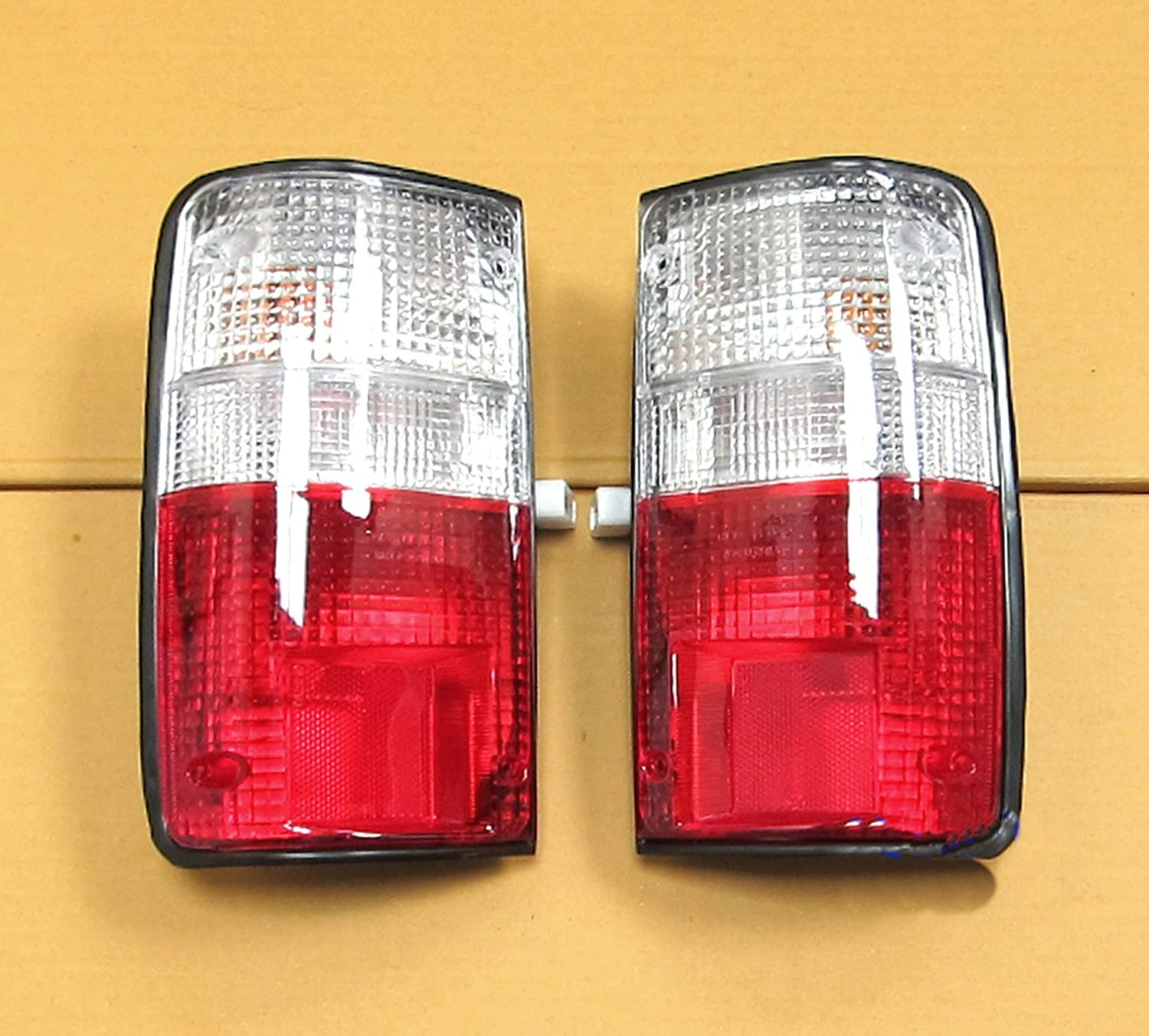 Amazon.com: 89 90 91 92 93 94 Toyota Hilux Mk3 Ln Rn Pickup Tail Rear Light Lamp Clear Red Lens: Automotive