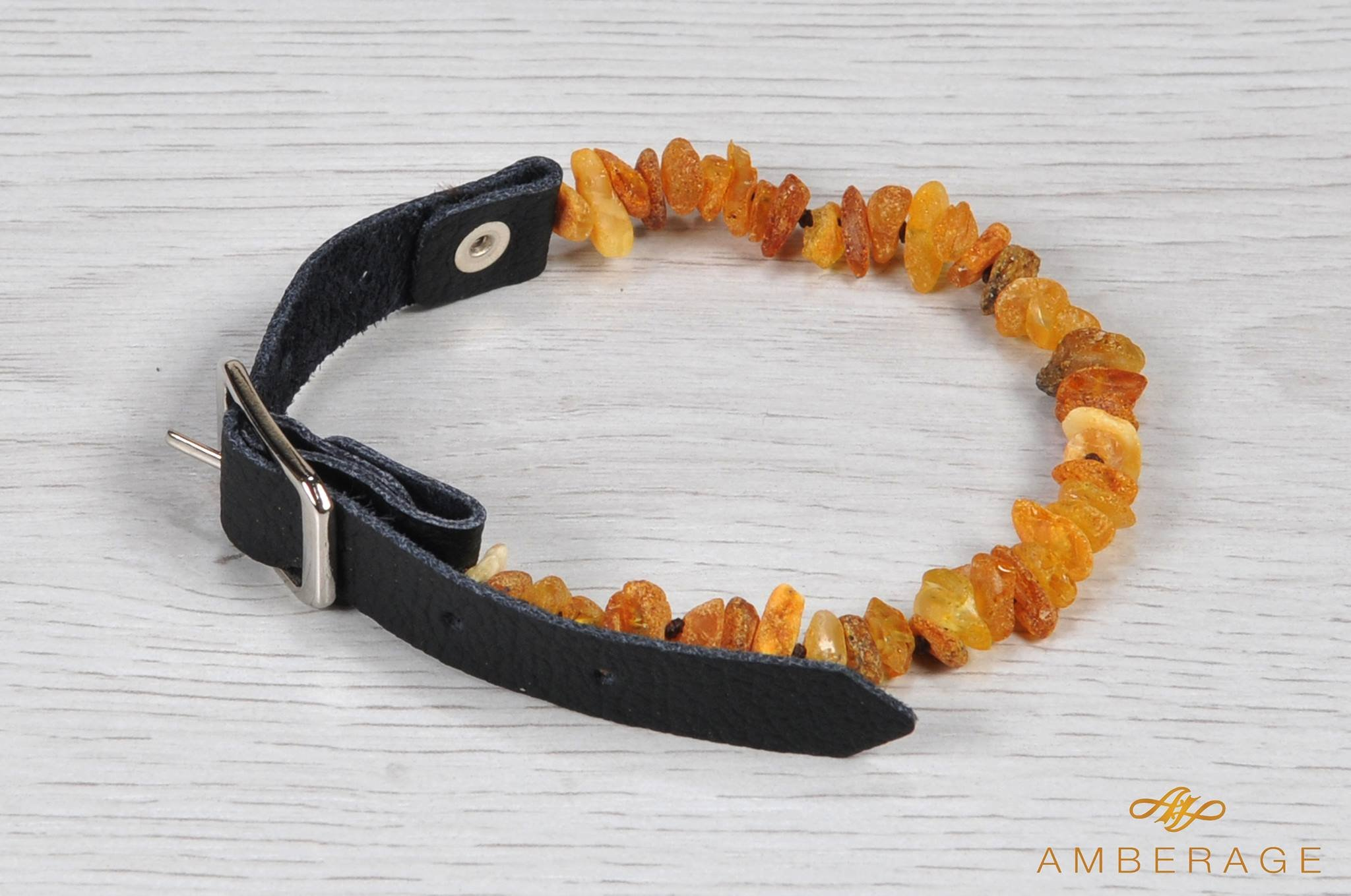 Amberage Natural Baltic Amber Necklaces - Jewelry for Dogs with Natural Leather Strap/Perfect Gift for Pet Lowers! Made by 6 sizes (XS 20-28cm)