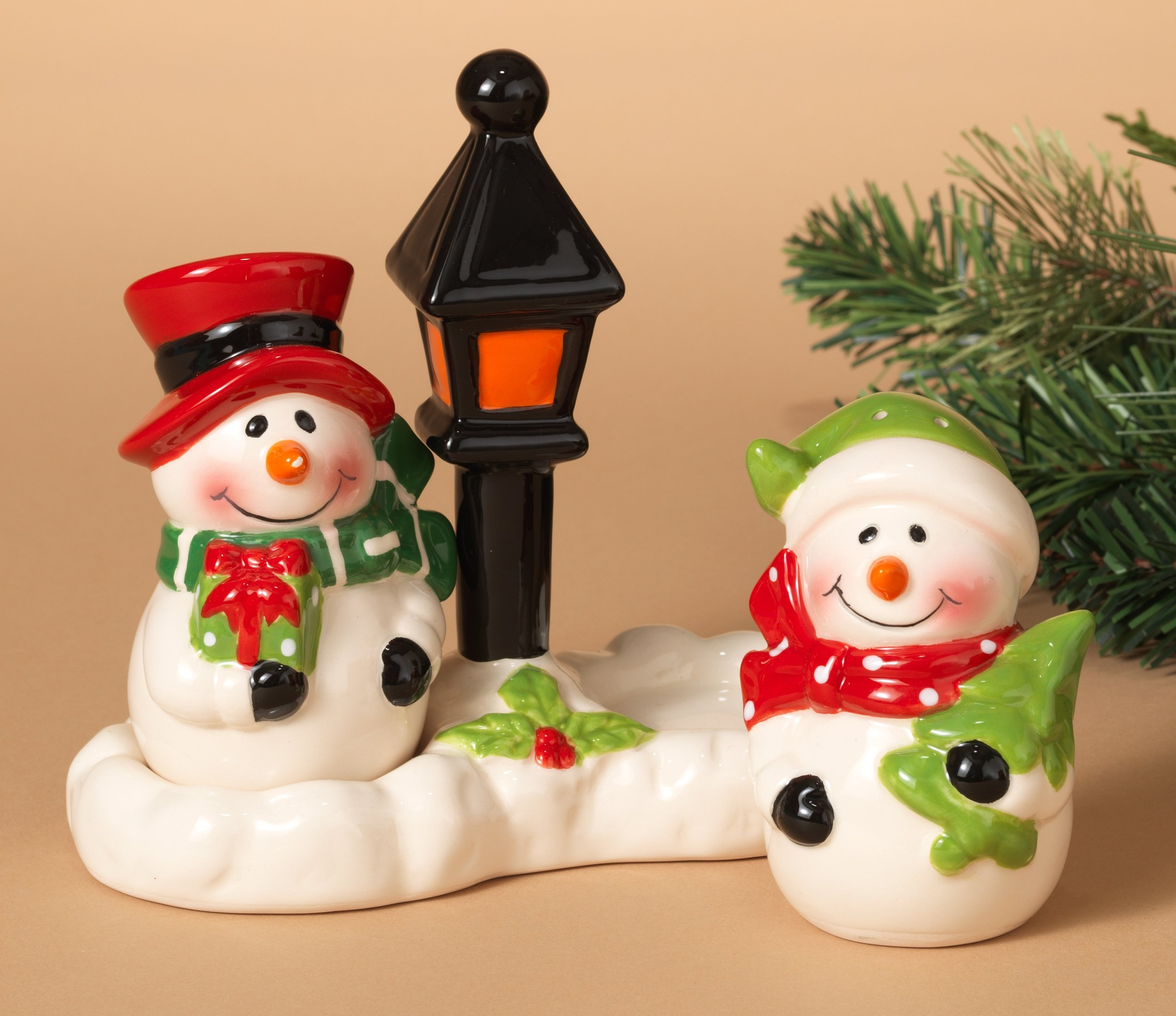 Adorable Christmas Holiday Snowmen Salt and Pepper Shaker Set ~ 3 pc ~ Ceramic ~ 3'' Hand Painted